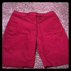NWOT Worthington Bermuda Stretch shorts
